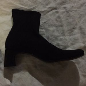 Gucci suede style boots, great condition!